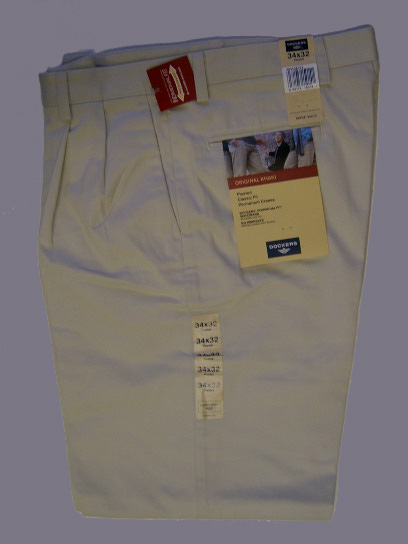 Dockers Pleated Classic : Light Khaki